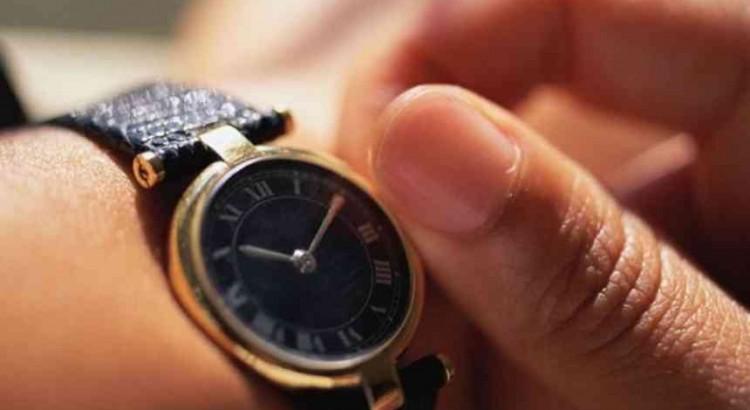 Какво е точността в часовете на часовника
